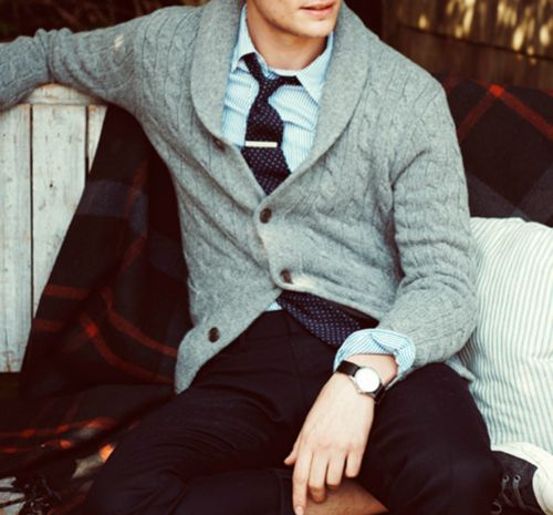 Loving the cardigan/tie combo classic touch with the tie bar