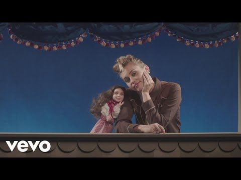 Younger Now - हिंदी अनुवाद (hindee anuvaad) - Miley Cyrus    गाने के बोल (gaane ke bol)