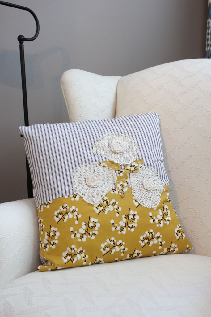 17 Best images about Pillows and more pillows! on Pinterest Cute pillows, Pillow tutorial and ...