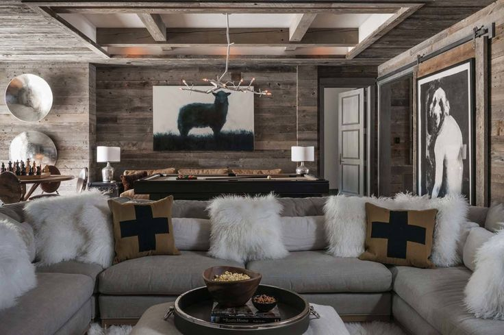 A ski-in, ski-out out mountain chalet is the family home of designer Tracey Byrne, designed by Locati Architects in the Yellowstone Club, Big Sky, Montana.