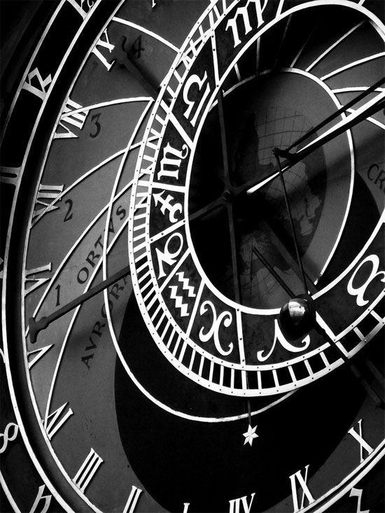 orloj by miguelazevedo #photography #bandw