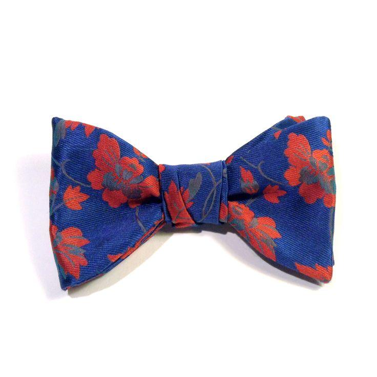 Noeud-Papillon en soie à motifs floraux rouges et bleus 100% Soie #bowtie #noeud #noeudpapillon #fleur