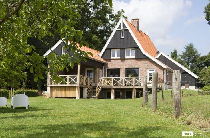 Leuk vakantiehuis in De Lutte voor 16 personen.