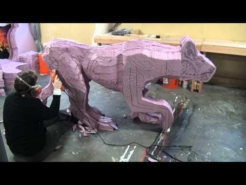 ▶ Hot Wire Foam Factory's Industrial Hot Knife - YouTube#t=14