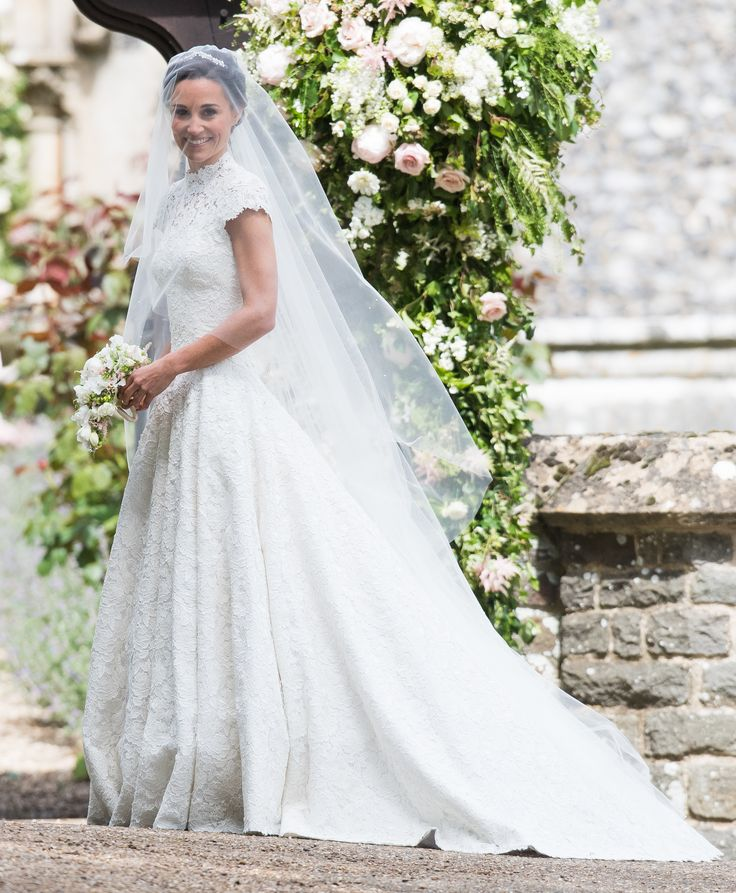Get the look: Pippa Middleton! Get the Look: Pippa Middleton's Gorgeous Giles Deacon Wedding Dress
