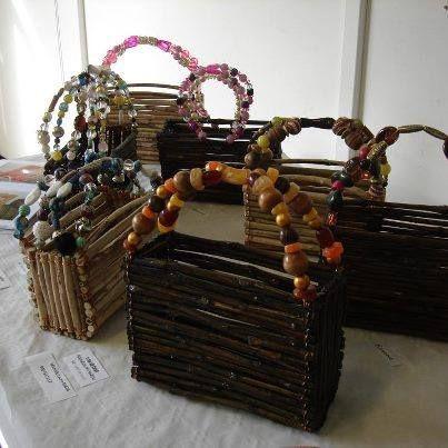 paniers en bois flotte,sarments et perles