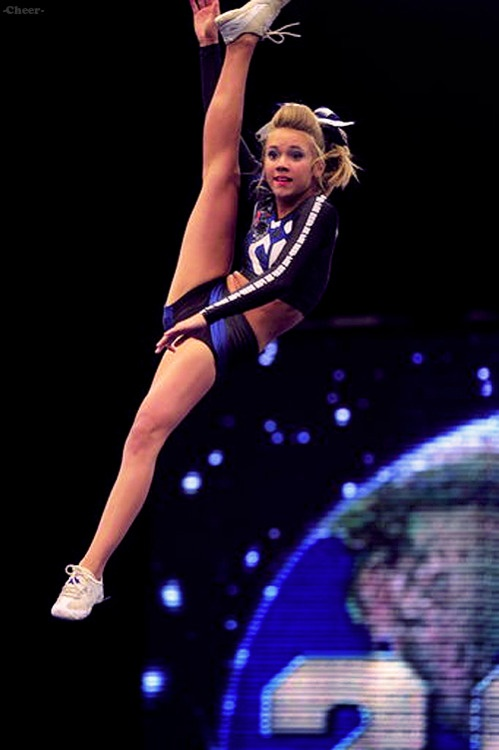 Carly Manning, Cheer Athletics Panthers, kick double - cheerleading