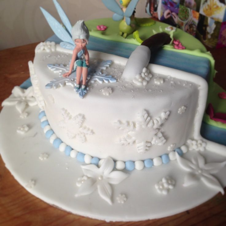 Tinkerbell and Periwinkle cake | Vanessis 1st birthday ...