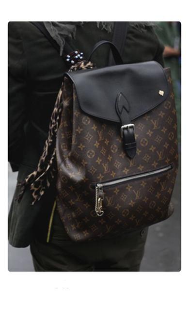 ab00c2ee00a6 Londyn V bags in 2019
