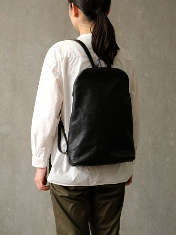 85876592da0e ファスナーリュック(G-77) カスターニョ着用 | Clothing | Leather ...