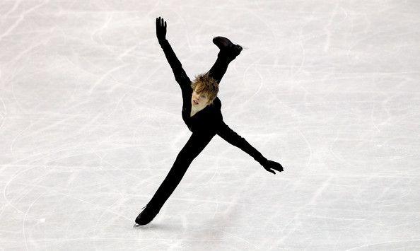 Kevin Reynolds Photo - 2012 ISU World Figure Skating Championships - Day Six
