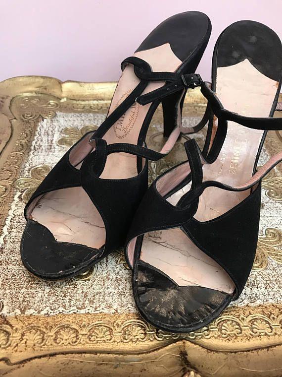 86f287ed6bd7 1940s shoes Vintage shoes suede shoes black shoes size 7 vintage shoes  1940s heels strappy heels str