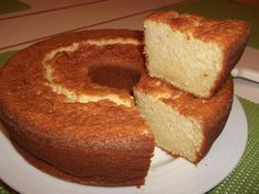 Bolo de Iogurte - I had this in Portugal it was really good. Thankfully I speak Portuguese and can translate the steps.