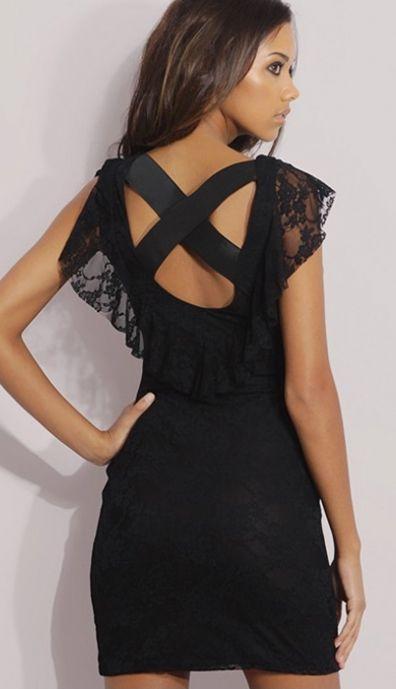 Koronkowa sukienka bodycon z falbankami, pięknie odsłonięte plecy w rockowym wydaniu. Idealna na imprezy takie jak Sylwester!