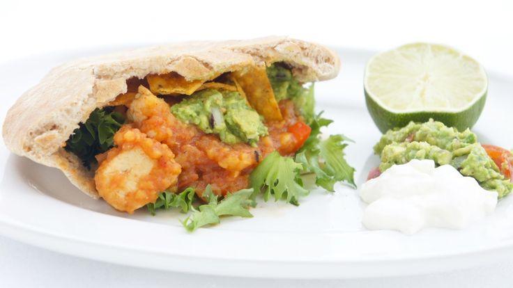 Skiskytter Ingrid Landmark Tandrevolds favoritt er kylling i mangosaus, som serveres i pitabrød eller tortilla sammen med friske grønnsaker og guacamole.