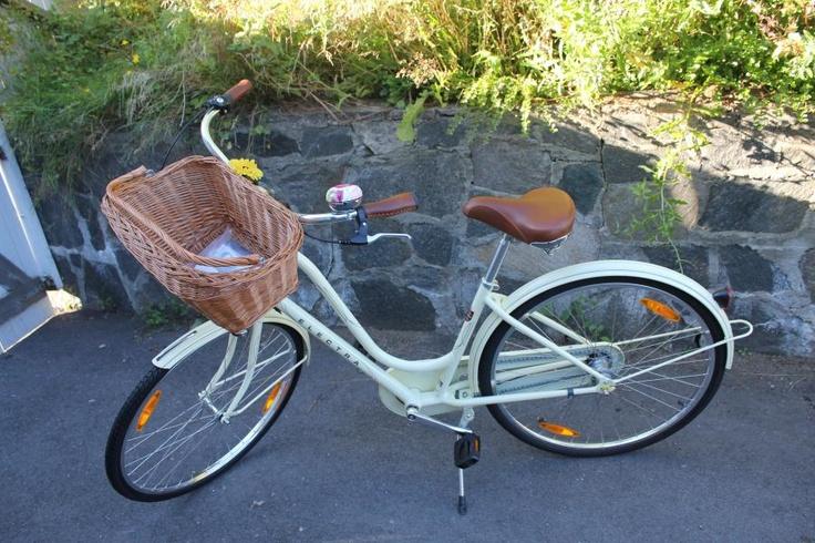 Basil DUBLIN sykkelkurv | Bast