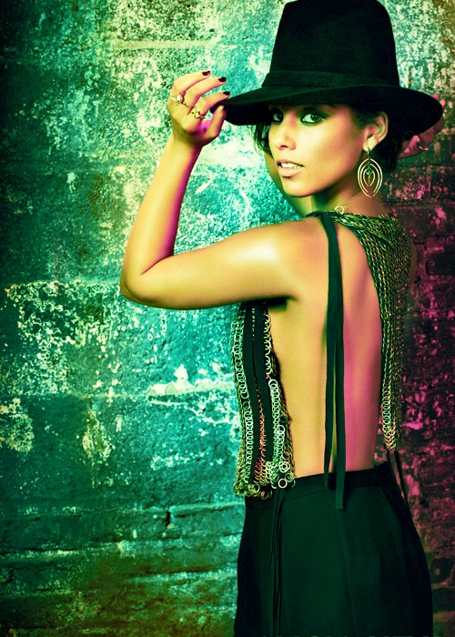 "( MUSIC ♪♫♪♪ 2016 ★ ALICIA KEYS "" R&B / soul / neo soul / jazz / hip hop "" ) ★ ♪♫♪ Alicia Augello Cook - Sunday,  January 25, 1981 - 5' 6"" - Manhattan, New York City, New York, USA."