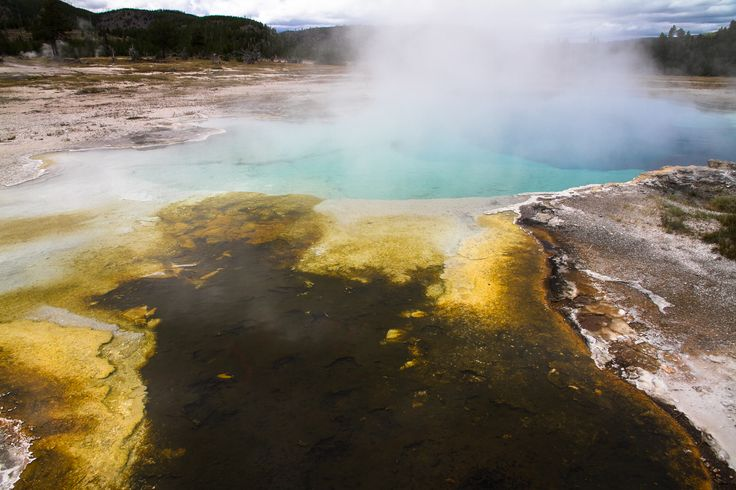 Yellowstone #yellowstone #nationalpark #smoke #water #yellowwater http://hikersbay.com/go/usa