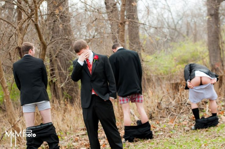 Funny Wedding picture ass out-- omg i have a feeling this will be tyler and his friends