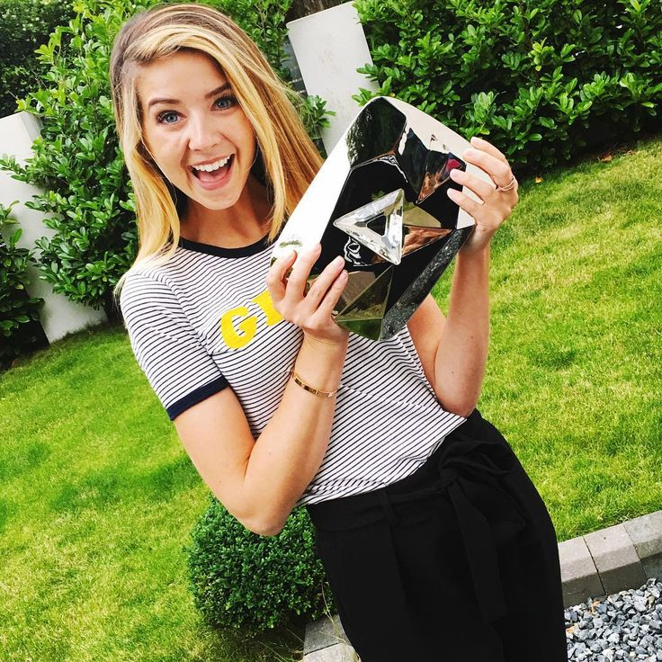 Zoe with her Diamond Play Button