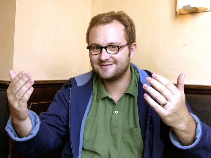 """Aus dem München-""""Tatort"""" kennt man ihn als zweiten Assistent der Kommissare. Nun folgt Filmemacher Stefan Betz auf Marcus H. Rosenmüller ins Singspielteam 2018. Und er ist nicht allein. Was Regisseur Marcus H. Rosenmüller (44, """"Wer früher stirbt ist länger tot""""), Musiker..."""