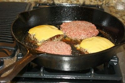» Build a Better Burger: Cast Iron Cooking