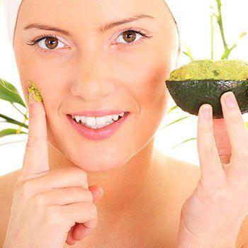 Los microelementos y las vitaminas a la caída de los cabello a las mujeres