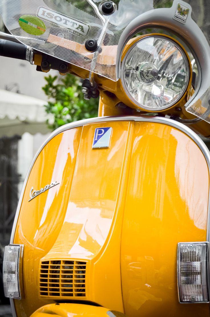 vespa px yellow headlight