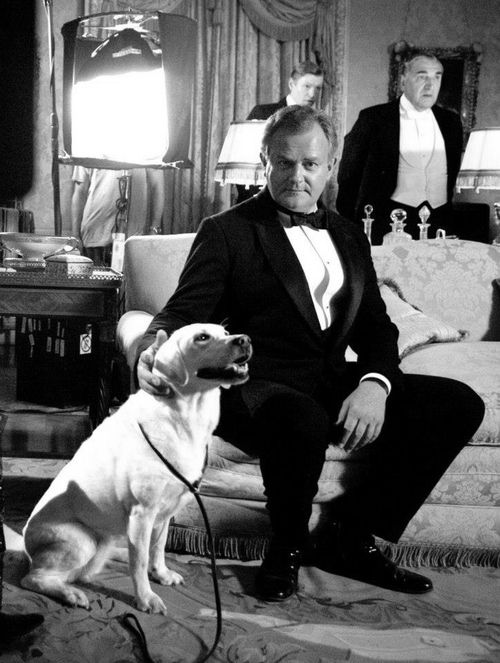 Isis (stop typing the poor dog's name with all caps people!) and Lord Grantham.