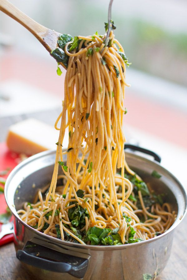 Garlic Butter Spaghetti with Spinach and Herbs...looks tasty