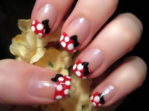 Minnie Mouse design on the nail
