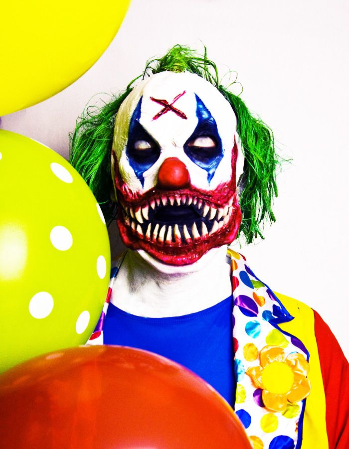 DIGGER the Clown available at www.janedoefx.com - killer clown mask prosthetic scary clown costume, killer clown halloween clown mask, prosthetic, halloween, janedoefx, janedoemakeup, nyc halloween makeup artist, scary clown costume