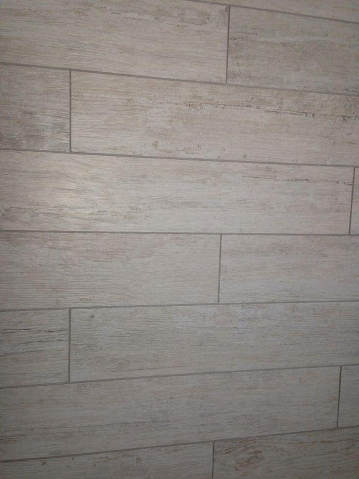 Porcelain Bleached Wood Look Floor Tiles In Bath Third Floor