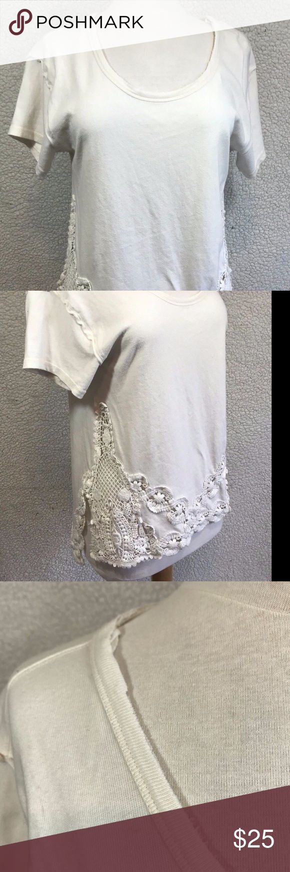 """Free People Women's Crochet Tunic Top Size XS Free People Women's Tunic Top Size XS White Short Sleeve Crochet Shirt. No Rips, Stains or holes. Smoke Free Home.  Fabric: 100% Cotton Approximate Measurements:  Length: 26"""" inches Chest (laying Flat underarm to underarm) : 19.5"""" inches Free People Tops Tunics"""
