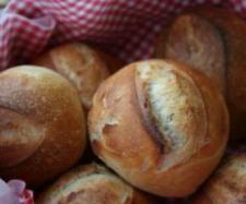 Rezept Knusprige Brötchen von Chantily - Rezept der Kategorie Brot