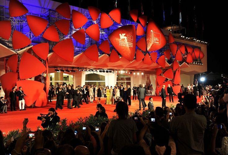 Tosetto ha realizzato l'allestimento del mitico red carpet