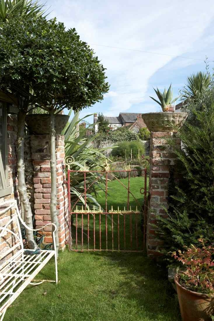 15 best gardens images on pinterest backyard balcony and indian