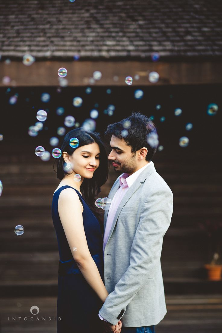 Bubbles just brighten up any photoshoot. Easy, inexpensive and loads of fun. #prewedding #photoshoot #Frugal2Fab