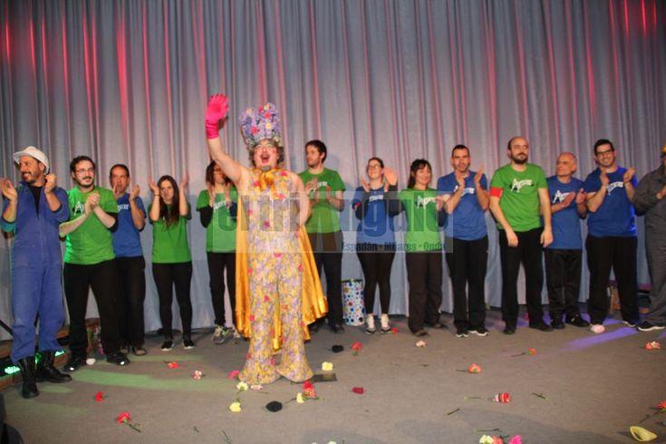 http://www.eltriangulo.es/contenidos/?p=66930 El triángulo » Sigue la V Liga de Improvisación teatral de Onda
