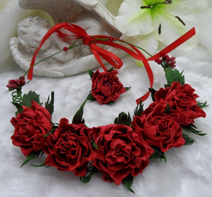Цветочное колье. Колье с розами. Розы. Колье из цветов. Фоамиран.