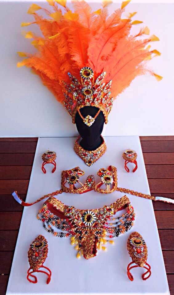 From the Rio Samba Costumes Facebook page. I love this earthy palette!