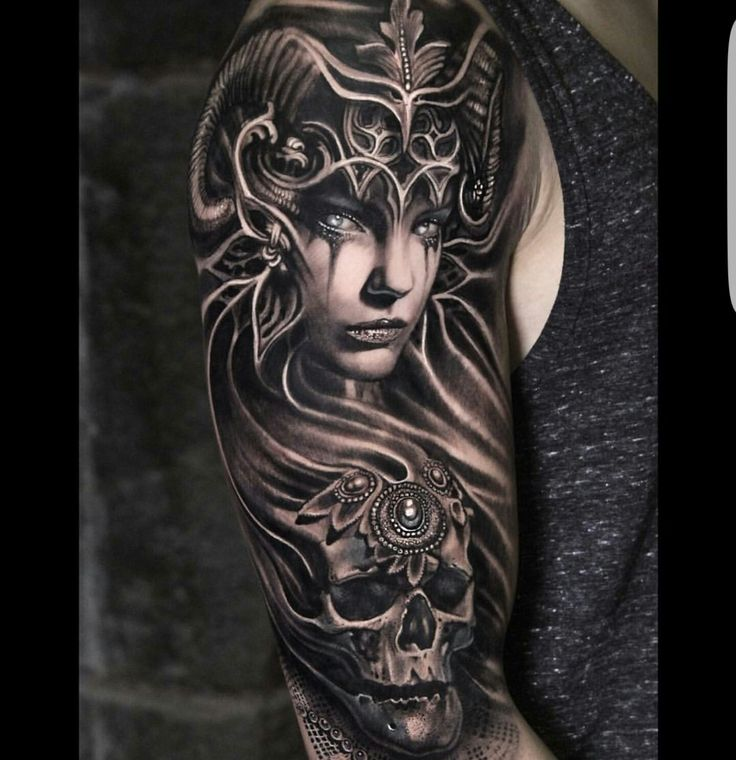 25 best ideas about valkyrie tattoo on pinterest norse for Tattoo donne guerriere