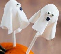 Prachtige cakepop spookjes maak je natuurlijk zelf met ons heerlijke recept!