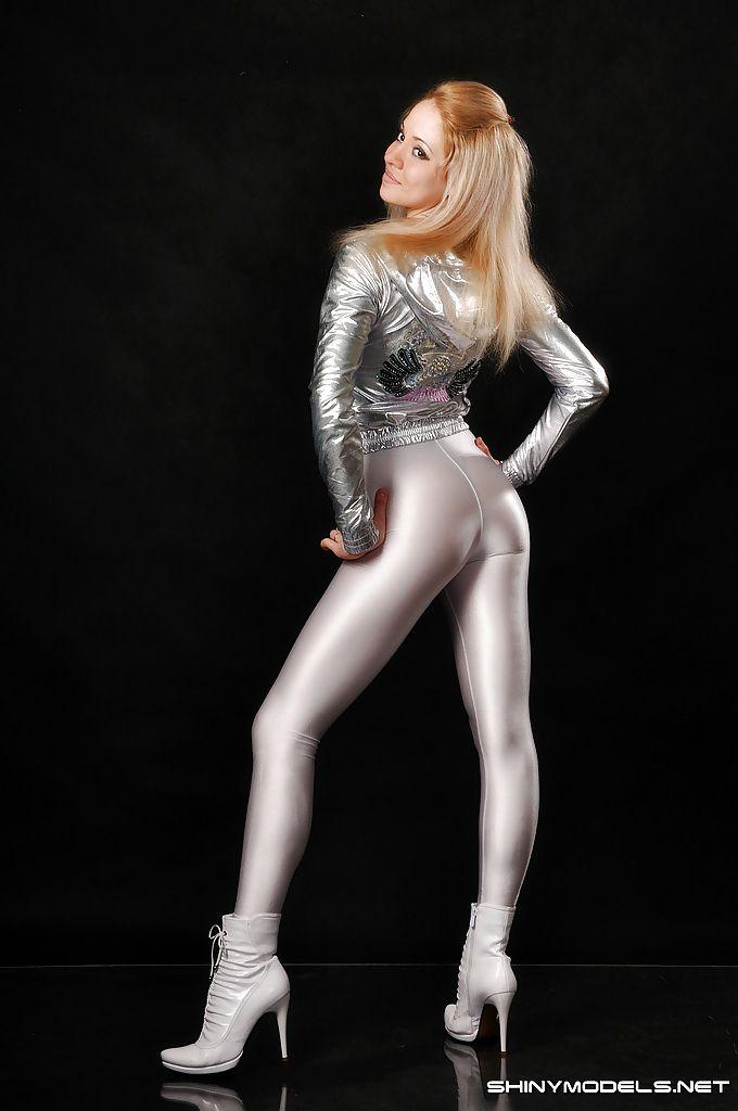 Beautiful Girls In Tights, Shiny, Wetlook, Spandex  Mine  Pinterest  Spandex Girls -2397
