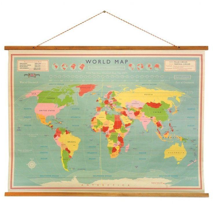 Schoolplaat Wereld Altijd al de hoofdsteden van de wereld willen weten? Deze gave poster geeft een vintage gevoel zodra je het aan de muur hangt.   Deze wereldkaart is geïnspireerd op de oude wereldkaarten zoals die vroeger op school hingen en brengt een - € 39,95