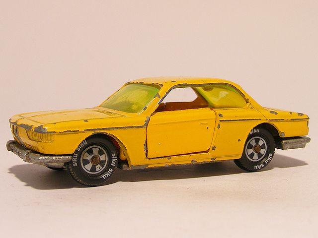 Bmw 2000 CS Siku V266 These are for sale by https://www.speelgoedenverzamelshop.nl/modelautos_en_auto_curiosa/automerk/bmw/bmw_2000_cs_siku_v266_geel_6041.html