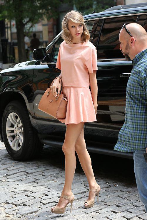 ピンクのドレスセットアップ