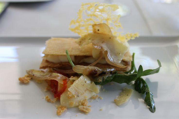 Eating at the Mount Nelson for de Wetshof Bordeaux blend launch