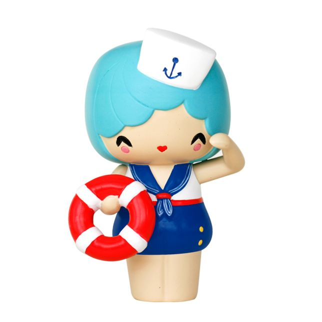 Marina PMomiji are handpainted resin message dolls. Turn them upside down...inside every one theres a tiny folded card for your own secret message. /PPSpread the love./PPAll dolls�are approx 8cm (3in) tall./P