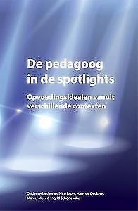 In Nederland is sprake van een kanteling, van probleem naar perspectief en van zorg naar ontzorgen. Deze kanteling wordt ondersteund door veranderingen in beleid en wettelijke kaders. Vragen waarop in dit boek wordt ingezoomd betreffen uitdagingen in de verschillende beroepssituaties van de pedagoog. ISBN 9789088505041 Plaatskenmerk 432 BEKK